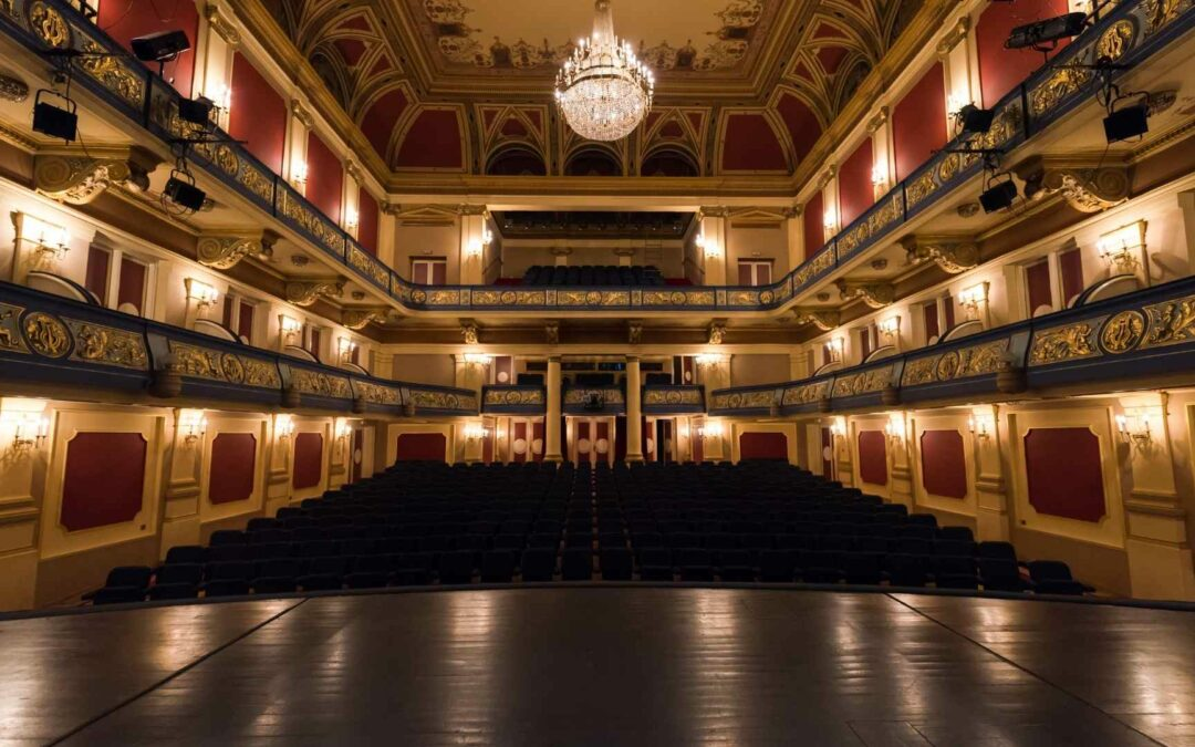 Podcast: Engaging Today's Theater Guest With Shows Like Hamilton